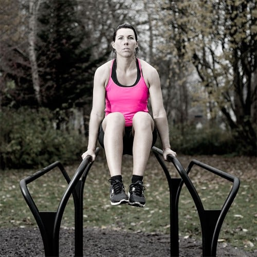 Outdoor gym equipment – dips training
