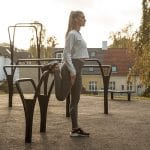 Outdoor gym equipment - Stretching tight